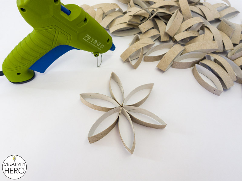 Wall Art How to Make Flower of Life Out of Toilet Paper Rolls 6