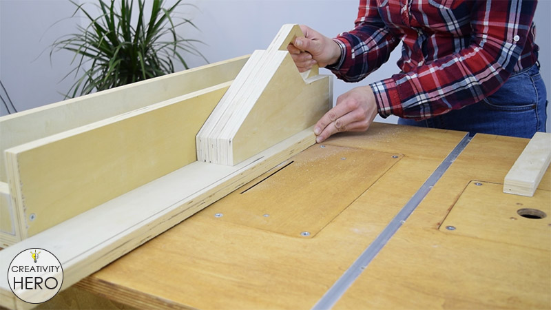 How to Make a Crosscut Sled with Flip Stop Block (Free Plans) 12