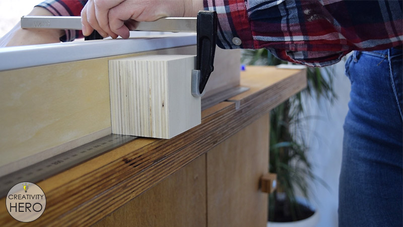 How to Make a Crosscut Sled with Flip Stop Block (Free Plans) 26