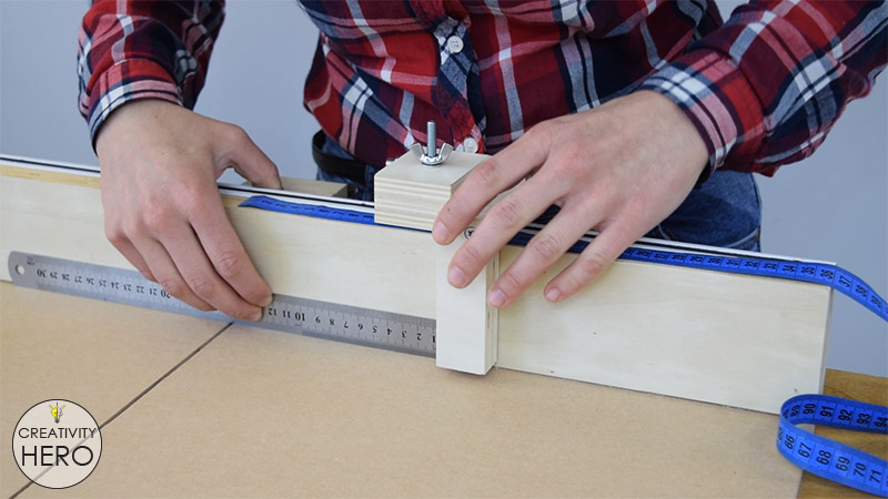 How to Make a Crosscut Sled with Flip Stop Block (Free Plans) 35