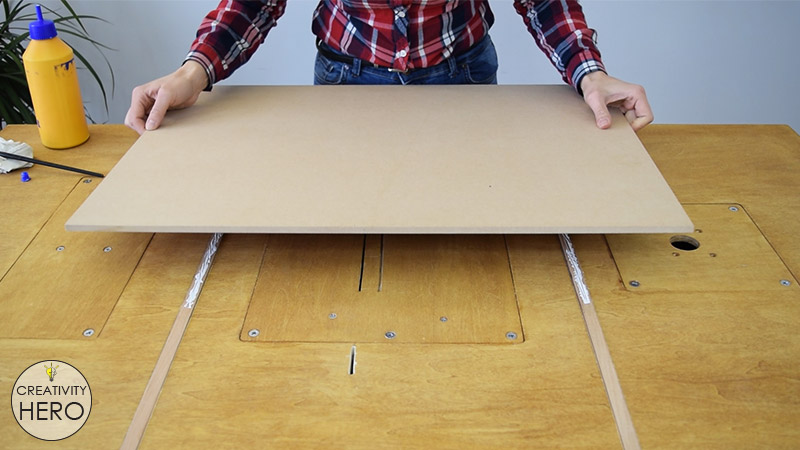 How to Make a Crosscut Sled with Flip Stop Block (Free Plans) 8